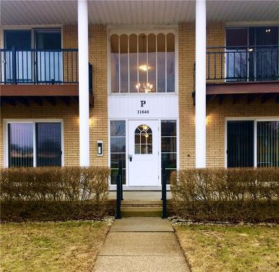 Sterling Heights Condo/Townhouse For Sale: 11840 Ina Dr