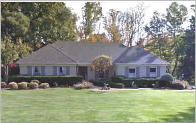 Franklin Single Family Home For Sale: 30096 Pondsview Dr
