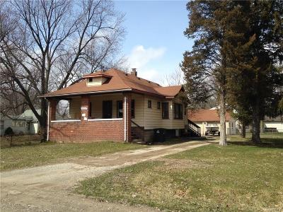 Westland Single Family Home For Sale: 35128 College St