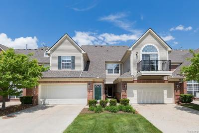 Shelby Twp Condo/Townhouse For Sale: 7677 Ambassador Dr