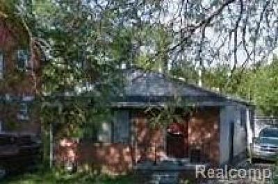 Wayne Single Family Home For Sale: 9449 Roselawn St