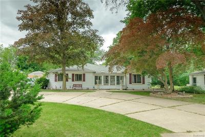 Belleville Single Family Home For Sale: 47136 Denton Rd