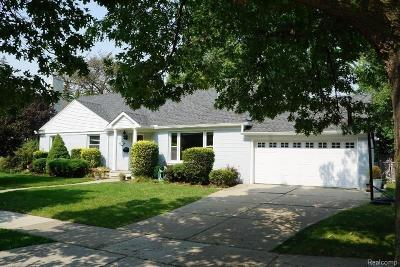 Huntington Woods Single Family Home For Sale: 13316 Winchester Ave