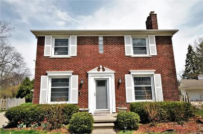 Grosse Pointe Farms Single Family Home For Sale: 400 Roland Crt