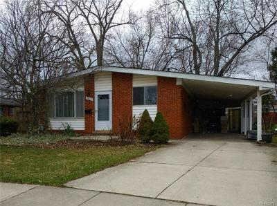 Royal Oak Single Family Home For Sale: 3605 Greenway Ave