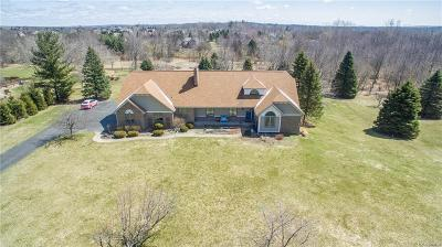 Clarkston Single Family Home For Sale: 8334 Ranch Estates Rd