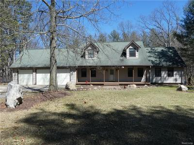 Single Family Home For Sale: 3365 Dean Rd