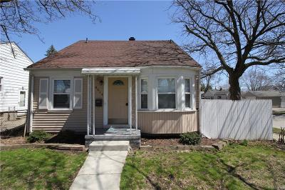 Oakland Single Family Home For Sale: 4014 Phillips Ave