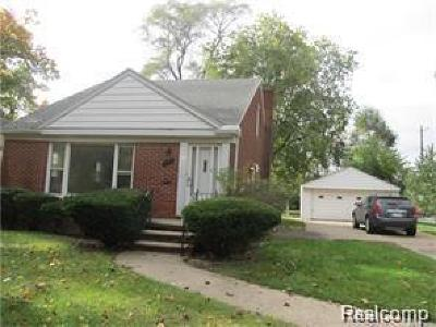 Dearborn Heights Single Family Home For Sale: 8419 Dale St