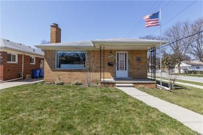 Dearborn Heights Single Family Home For Sale: 7335 Nightingale St