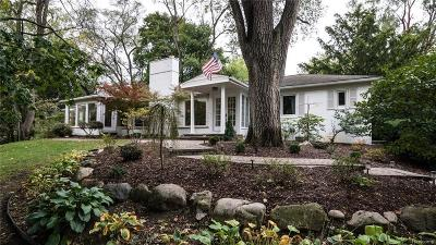 Franklin Single Family Home For Sale: 26335 Woodlore Rd