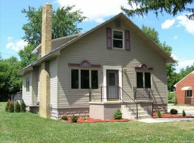 Bloomfield Hills Single Family Home For Sale: 75 Bloomfield Blvd