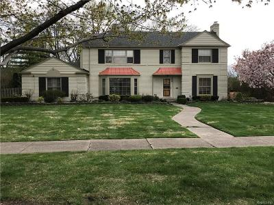 Grosse Pointe Park Single Family Home For Sale: 1435 Three Mile Dr