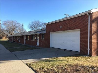Macomb Multi Family Home For Sale: 19260 Collinson Ave