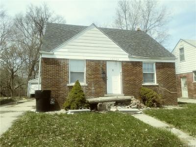 Harper Woods Single Family Home For Sale: 19829 Kelly Rd