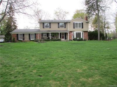 Franklin Single Family Home For Sale: 30195 Pondsview Dr