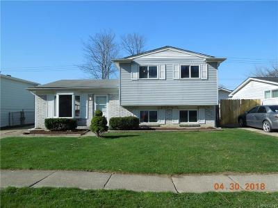 Harrison Twp Single Family Home For Sale: 24954 Orchid St