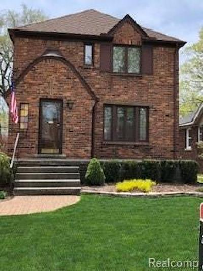 Grosse Pointe Farms Single Family Home Pending: 357 Kerby Rd