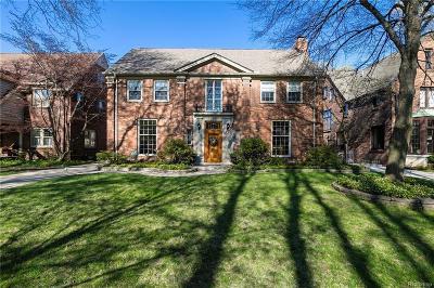 Grosse Pointe Single Family Home For Sale: 508 University Pl