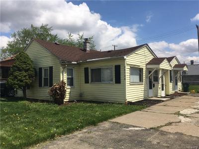 Hazel Park Single Family Home For Sale: 23720 Melville Ave