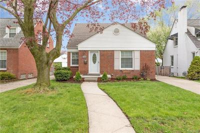 Grosse Pointe Single Family Home For Sale: 1906 Oxford Rd