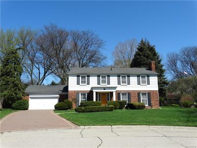 Grosse Pointe Single Family Home For Sale: 925 Ballantyne Rd