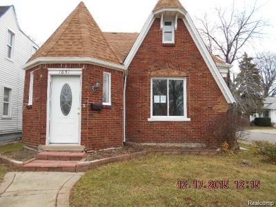Lincoln Park Single Family Home For Sale: 1681 Lafayette Blvd