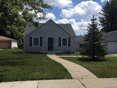 Southfield Single Family Home For Sale: 28524 Stuart Ave
