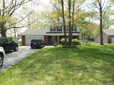 Marysville Single Family Home For Sale: 525 18th St