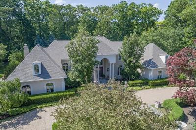 Bloomfield Hills Single Family Home For Sale: 5120 Clarendon Crest St