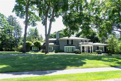 Bloomfield Hills Single Family Home For Sale: 1580 Tottenham Rd