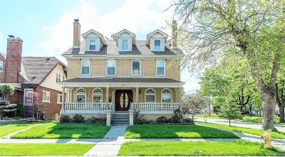Dearborn Single Family Home For Sale: 7539 Hartwell St