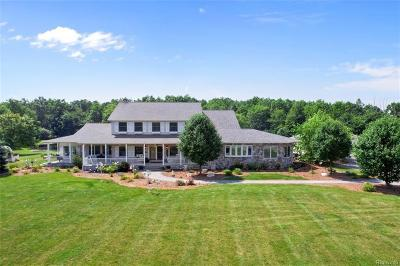 Marine City Single Family Home For Sale: 6875 Short Cut Rd