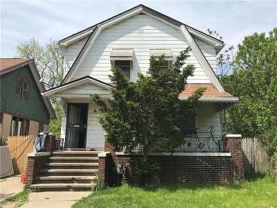 Detroit Single Family Home For Sale: 14445 Park Grove St