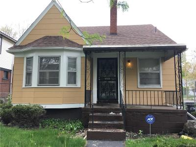 Detroit Single Family Home For Sale: 15397 Cruse St
