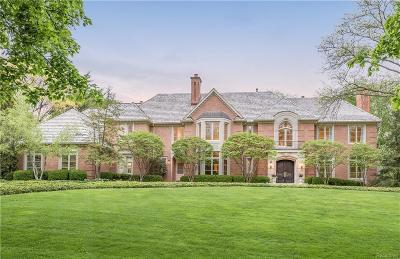 Bloomfield Hills Single Family Home For Sale: 1160 Pembroke Dr