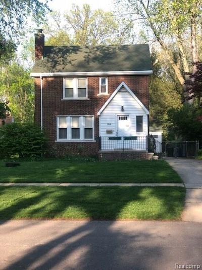 Livonia Single Family Home For Sale: 9616 Blackburn St
