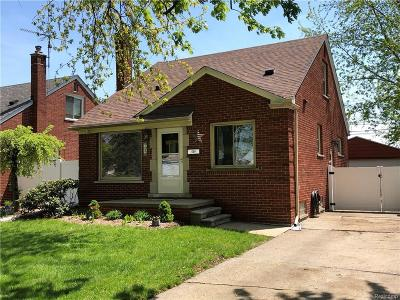 Lincoln Park Single Family Home For Sale: 759 Merrill Ave