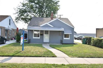 Eastpointe Single Family Home For Sale: 22732 Rosalind Ave