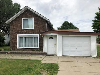 Sterling Heights Single Family Home For Sale: 2700 17 Mile Rd
