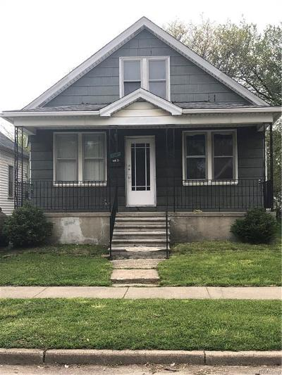 Detroit Single Family Home For Sale: 7361 Faust Ave