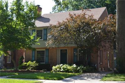 Pleasant Ridge Single Family Home For Sale: 127 Elm Park Ave