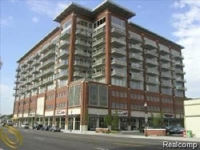 Royal Oak Condo/Townhouse For Sale: 350 N Main Unit St