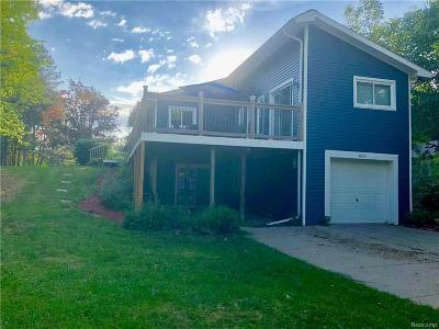 Lake Orion Single Family Home Keep Showing-Contgcy Appl: 850 Hemingway Rd