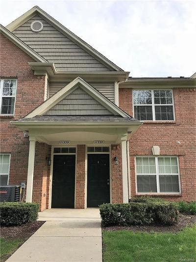 Shelby Twp Condo/Townhouse For Sale: 11335 N Woods Dr