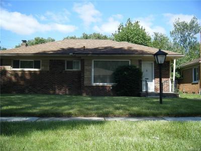 Oak Park Single Family Home For Sale: 21871 Kipling St