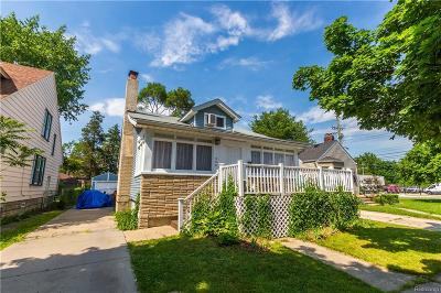 Ferndale Single Family Home For Sale: 355 Jewell St