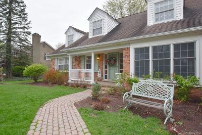 Franklin Single Family Home For Sale: 31961 Robinhood
