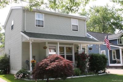 Berkley Single Family Home For Sale: 3816 Tyler Ave