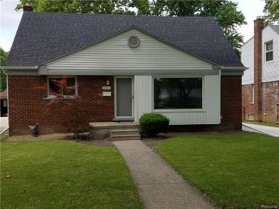 Oak Park Single Family Home For Sale: 23115 Church St